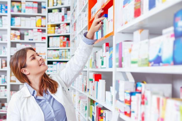 Roche sees pharma market recovering from COVID