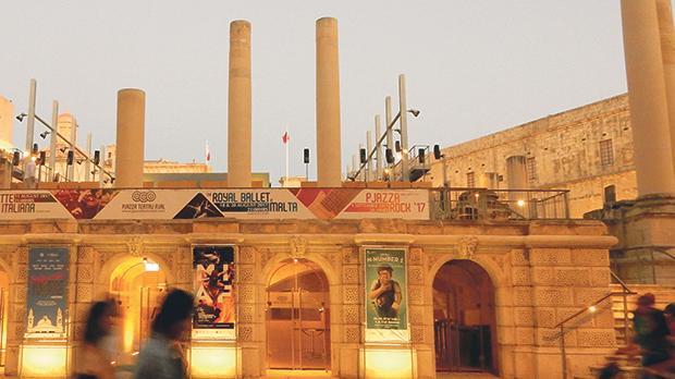 Pjazza Teatru Rjal in Valletta. Photo: Shutterstock.com