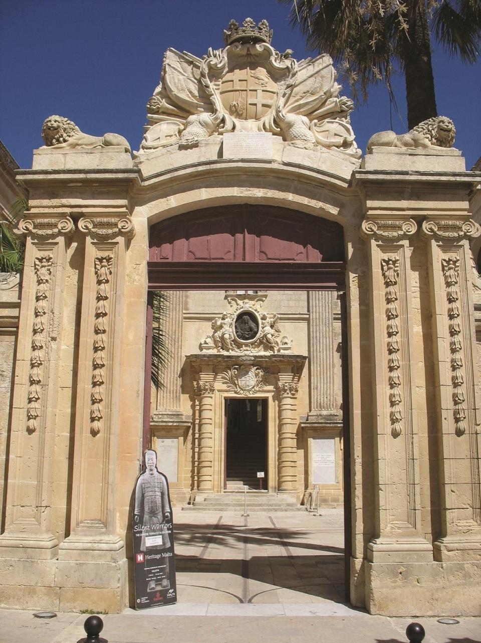 The entrance to Vilhena Palace, home to the National Museum of Natural History