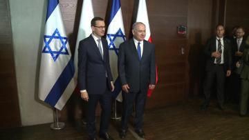 Poland shuns Israel summit amid Holocaust row
