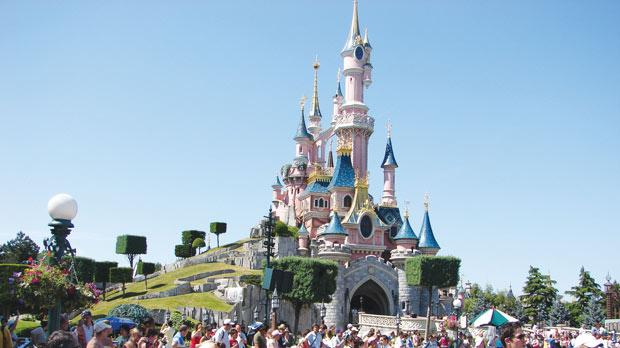 financial analysis eurodisney Under the financial plan, disney would boost its shares of euro disney from 767 % to 857% by buying most of the shares held by kingdom holding co 4 pm: this article was updated with the value of the transactions, disney's closing stock price and analysis from theme park and financial experts.