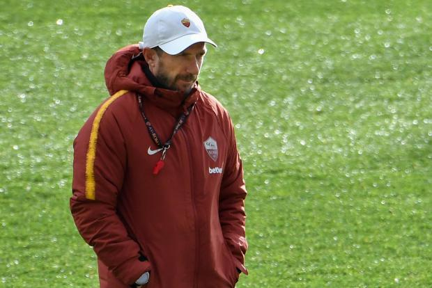 Roma coach Eusebio Di Francesco wants his players to show hunger against Porto.