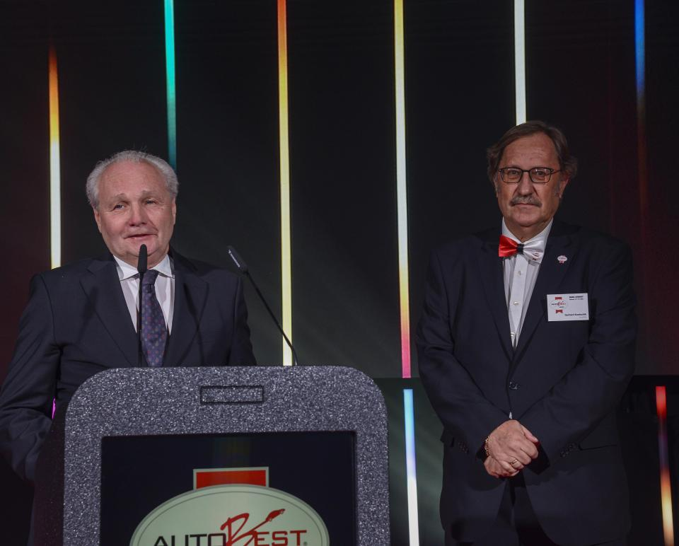 Left: Florian Lauda accepting the Sportbest award on behalf of his brother, Niki.