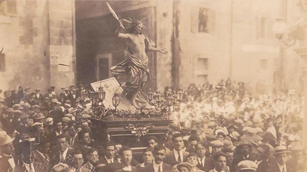 An early 20th century photo of the Easter procession. Photo courtesy of Cospicua parish church