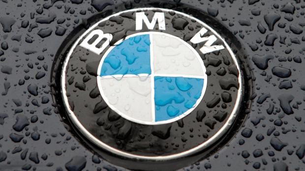 Bmw Recalls 324 000 Cars In Europe After Korean Engine Fires