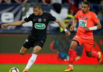 PSG stay on course for treble with Cup semi-final win