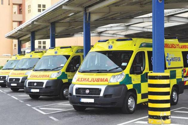 Elderly man and woman seriously hurt in Ħamrun crash