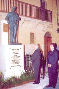 President De Marco inaugurating the monument to Frenc ta` l-Gharb. Looking on is Gharb mayor David Apap.