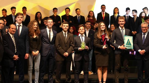Code B – Bin It – Company of the Year Winners – Junior College.