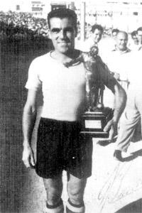 Guzi Bonnici with the MFA Footballer of the Year trophy he won in season 1956-57.