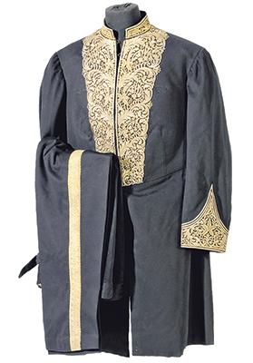 Ottoman court or diplomatic uniform. Photo: Interfoto/Alamy Stock Photo
