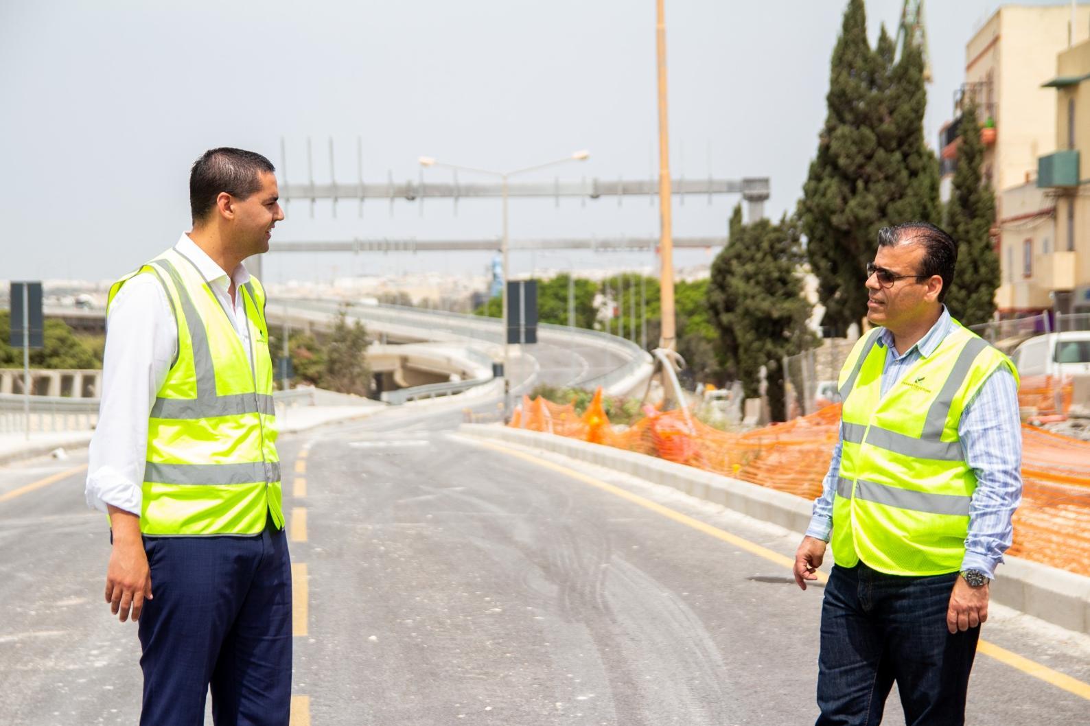 Ian Borg (left) and Infrastructure Malta CEO Fredrick Azzopardi. Photo: DOI/Infrastructure Ministry