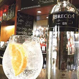 Brecon Gin is made at the Penderyn whisky distillery, blending a cosmopolitan mix of Sri Lankan licorice, Madagascan cinnamon, Indian nutmeg, Spanish orange peel, Chinese cassia bark, Italian orris root and Macedonian juniper.