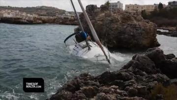 Watch: Yacht damaged in rough seas at Fekruna bay