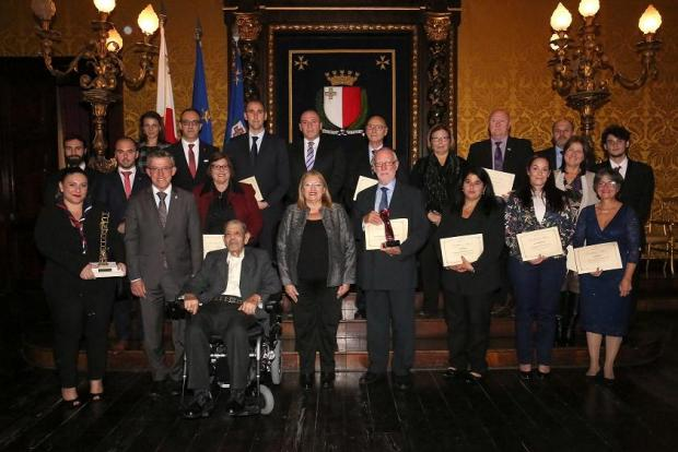 President Marie-Louise Coleiro Preca and the winners of the volunteers' awards. Photo: DOI