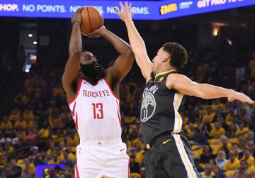 Watch: Rockets rally past Warriors in 4th to even series