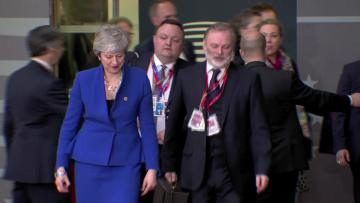 EU leaders debate how long to delay Brexit