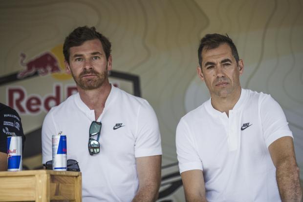Andre Villas-Boas (left).