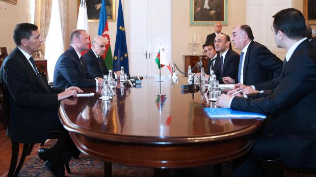 Azerbaijan's foreign minister meets with Prime Minister Joseph Muscat in April 2017. Socar's vice-president Elshad Nassirov accompanied him on the three-day visit. Photo: DOI/Kevin Abela