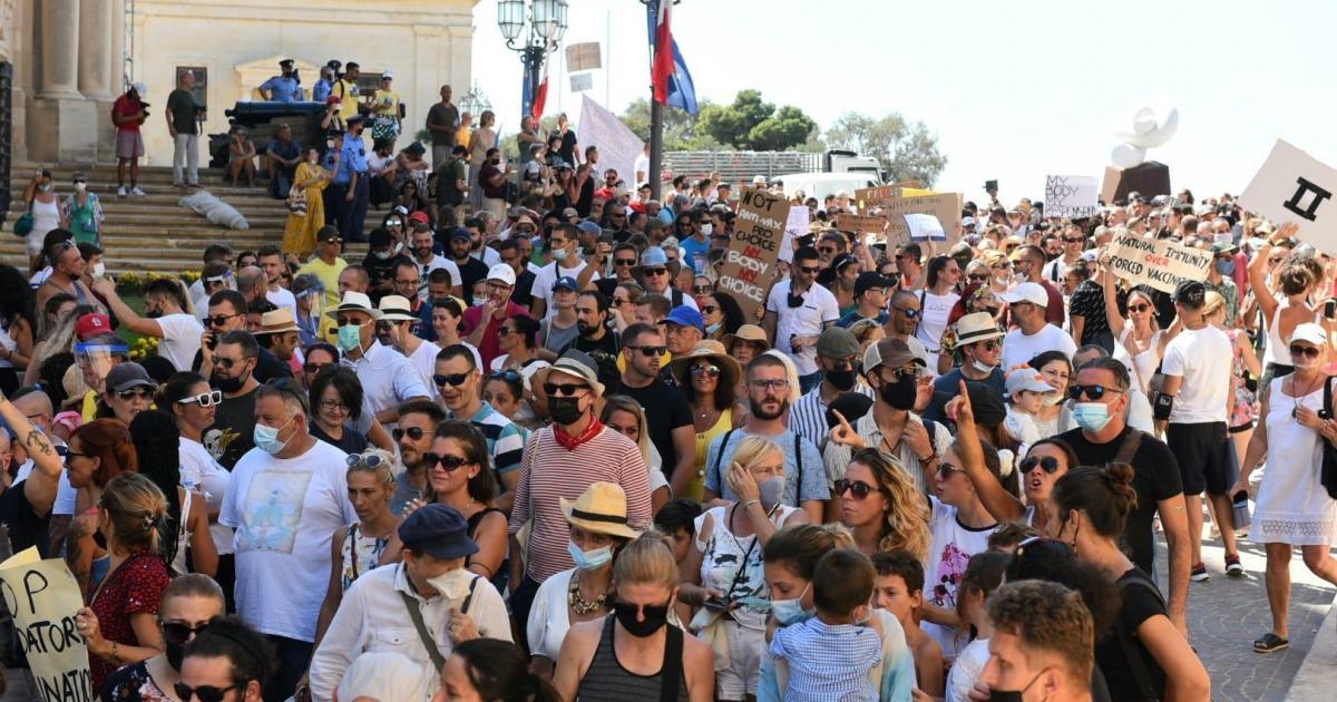 COVID sceptics and anti-vaxxers march through Valletta
