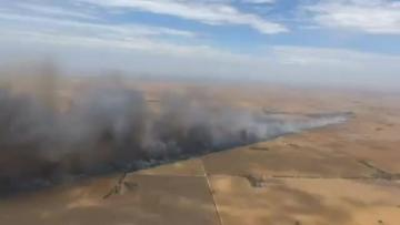 Two killed as wildfires burn near Adelaide
