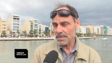 """Watch: 'I never saw anything like this in 25 years of boating' 