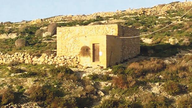 Ħondoq souvenir shop rejected at appeal