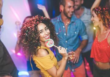 Throbbing clubs pump €1.5 billion into Berlin