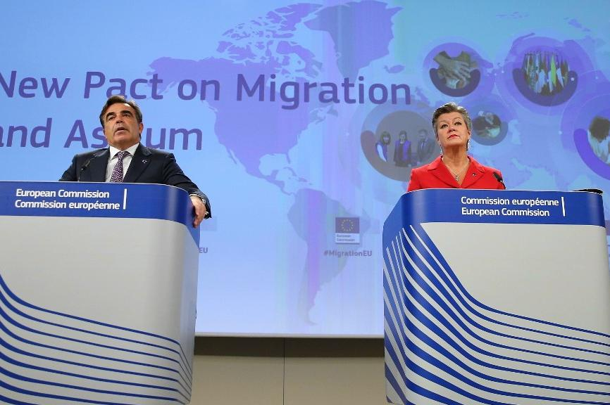 EU Commission Vice President Margaritis Schinas (L) and EU Commissioner for Home Affairs, Ylva Johansson (R) at Wednesday's press conference. Photo: AFP