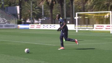 Watch: Usain Bolt trains with Aussie football team   Video: AFP