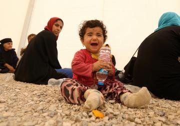 Islamic State seizes 550 families as 'human shields'