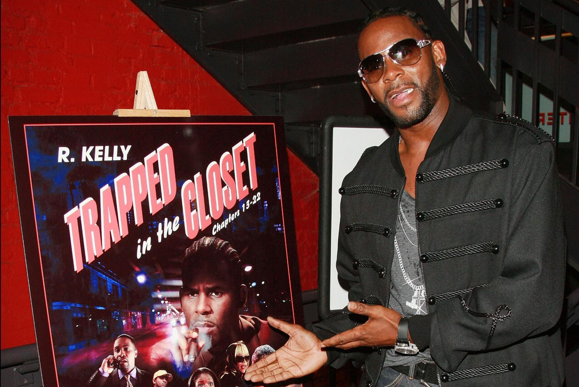R. Kelly attends the premiere of Chapters 13-22 of his hip-hop opera 'Trapped in The Closet' at the IFC Center, August 15, 2007, in New York City. Photo: Evan Agostini/Getty Images North America/Getty Images via AFP