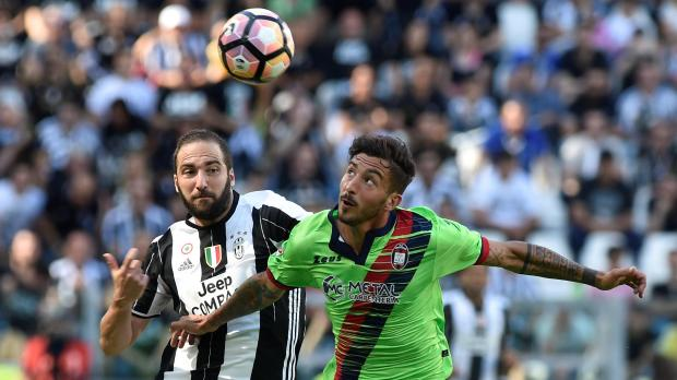 Serie A round-up: Juventus seal title