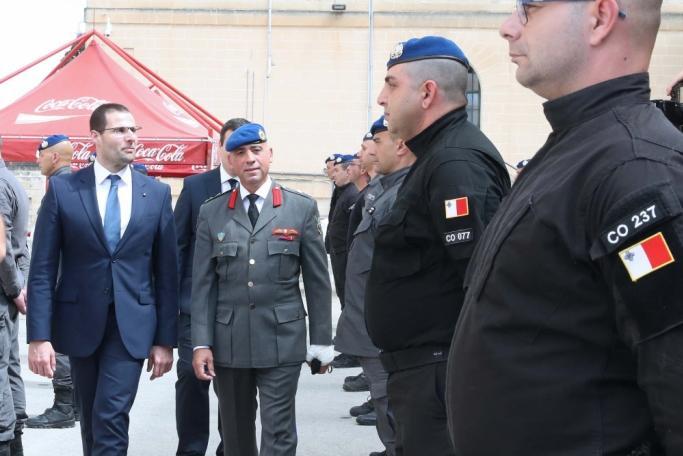 Alexander Dalli shows Prime Minister Robert Abela around the prison. Photo: DOI/Kevin Abela