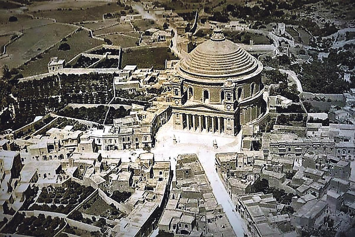Aerial views of the Mosta Rotunda shortly after it was built in 1860, and (bottom) today.