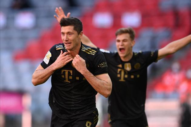 Lewandowski scores 41st Bundesliga goal of season, breaks Mueller record