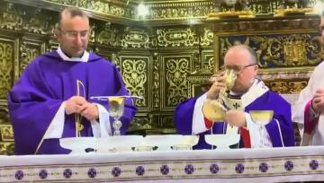 Watch: Sacristan apologises after Archbishop finds whisky in his chalice
