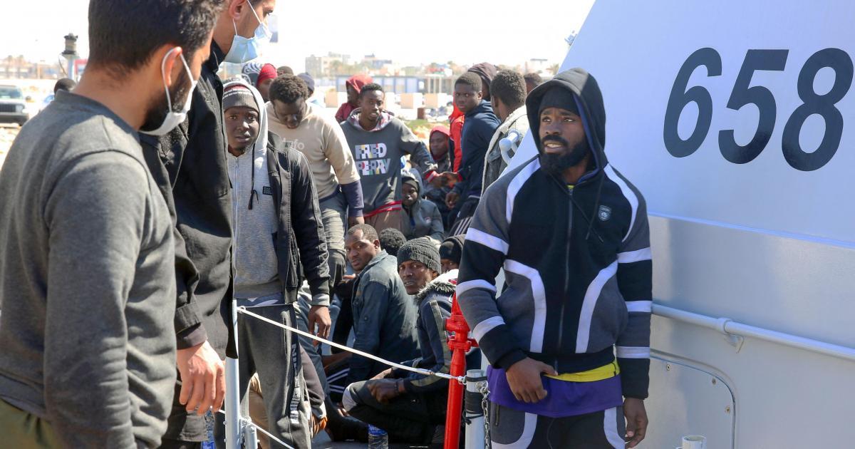 libyan-coastguard-picks-up-almost-100-migrants-20-missing