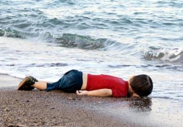 Drowned boy's picture sees donations to MOAS soar