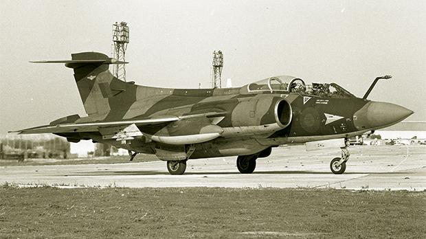 Blackburn / Hawker Siddeley Buccaneer S.2B from 208 Squadron taxiing at RAF Luqa