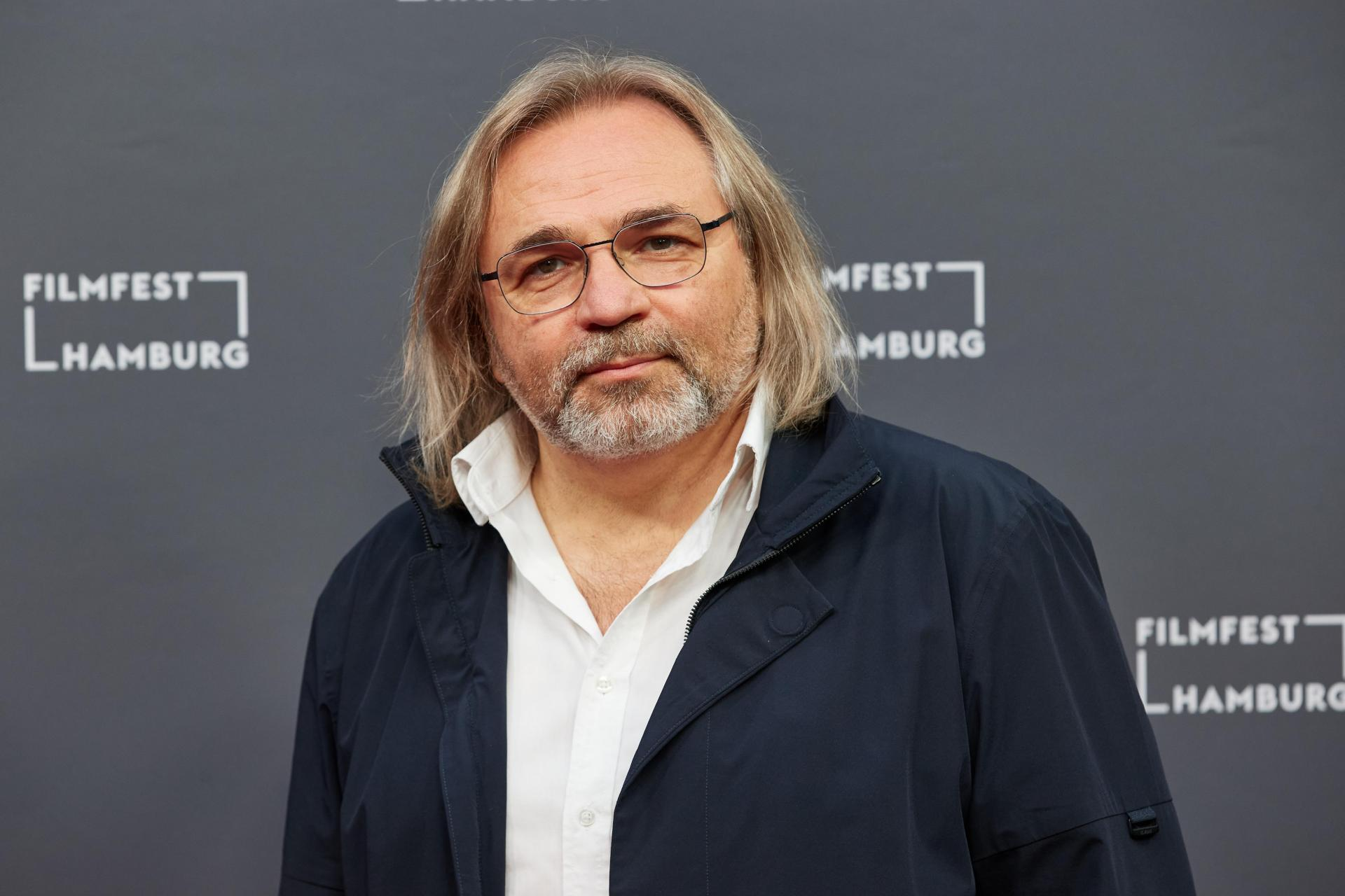 Viktor Kossakovsky, the Russian director, at the premiere of his film 'Gunda'. Photo: Georg Wendt / Dpa / Dpa Picture-Alliance via AFP