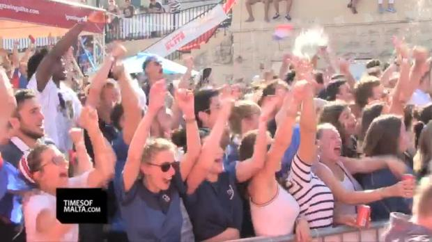 Watch: France fans ecstatic after World Cup success