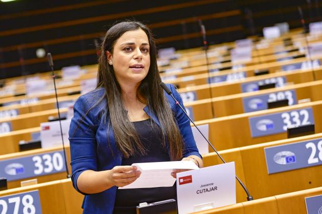 EP adopts report on gender mainstreaming in cohesion policy
