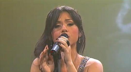 The powerful and enchanting Raquela with a superb voice.