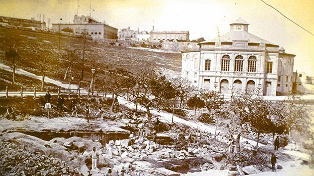 Unpublished photograph of the short-lived second Britannia Circus in Floriana.