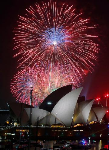 Spectacular Fireworks In Sydney As New Year Celebrations Gets Underway