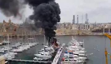Watch: Boat bursts into flames at Kalkara | Video: Andy Seguna