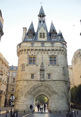 Porte Cailhau, a gate of the old city walls in the historical centre of Bordeaux.