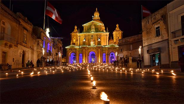 Maundy Thursday at the square of Siġġiewi. Photo: Justin Ciappara
