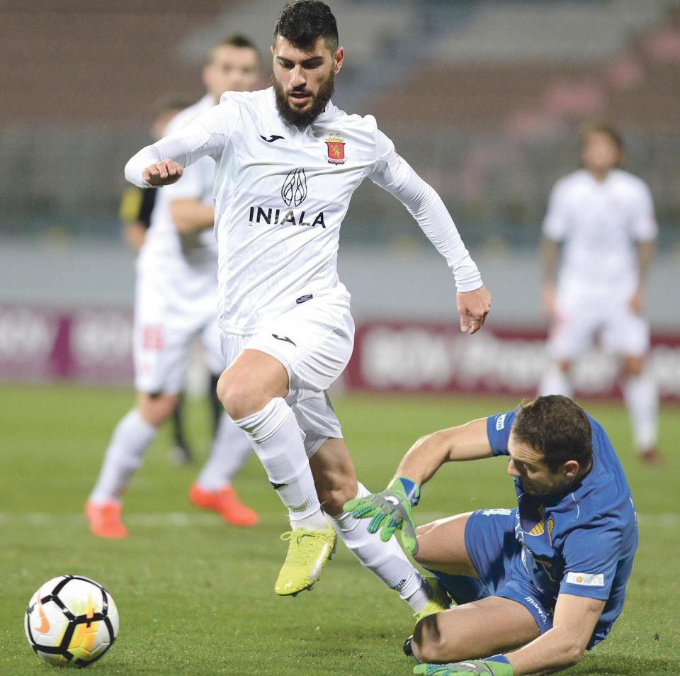 Mario Fontanella will lead Valletta's forward line against Dudelange.
